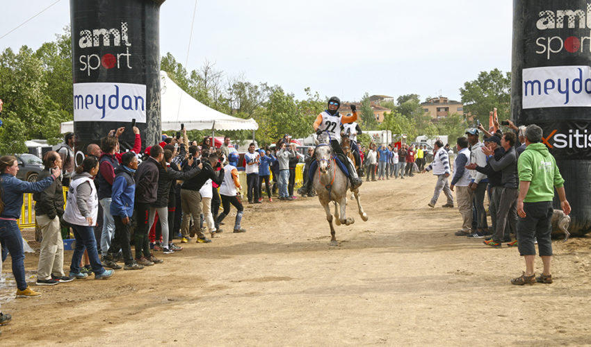 Endurance World Raid de Tordera. The winner crossing the finish line