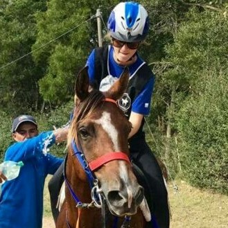 Endurance World Elisa Monoz. Happy with her horse.